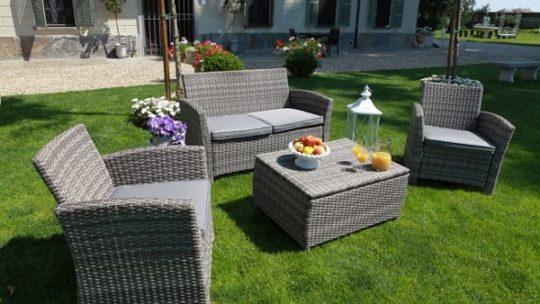 3 consigli per un perfetto salotto in giardino